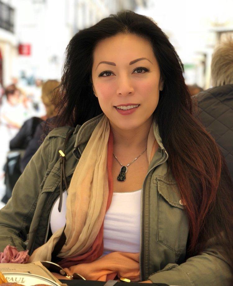 Cindy Tjauw, Life Coach, Intuitive Healer, Owner